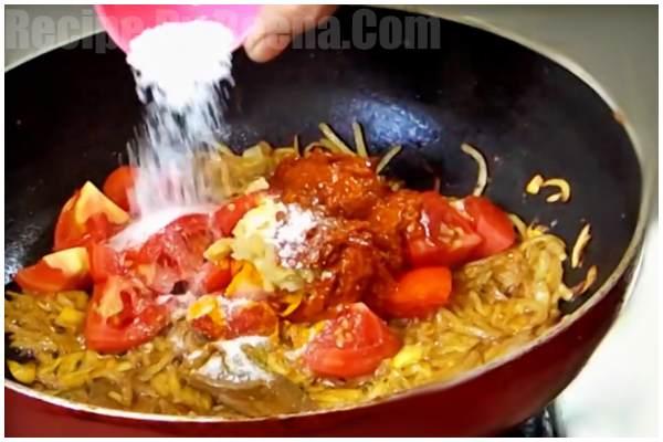 Bengali Aloo Dum Recipe 4