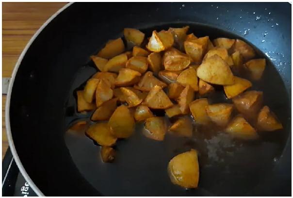 lemon jaggery pickle step 4