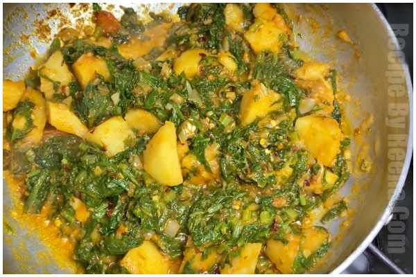 spinach potato gravy step 5