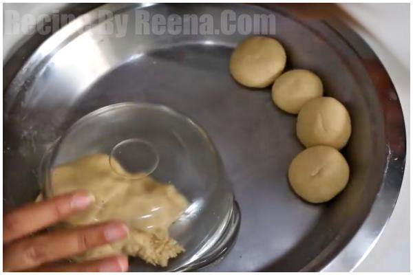 Plain Poori step 3