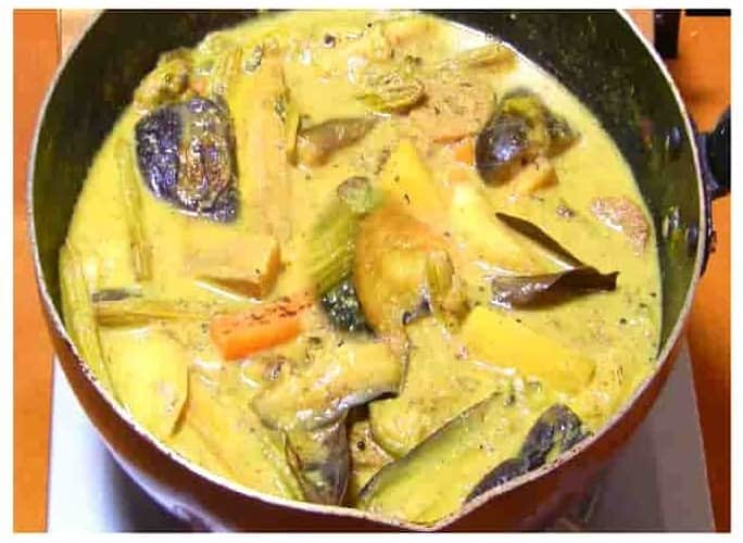 bangali dish sukto step 8