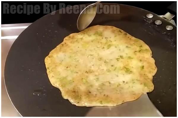 Singhara Aata Cheela step 4